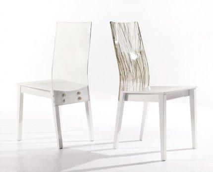Krzesła do jadalni z linii Vanityice